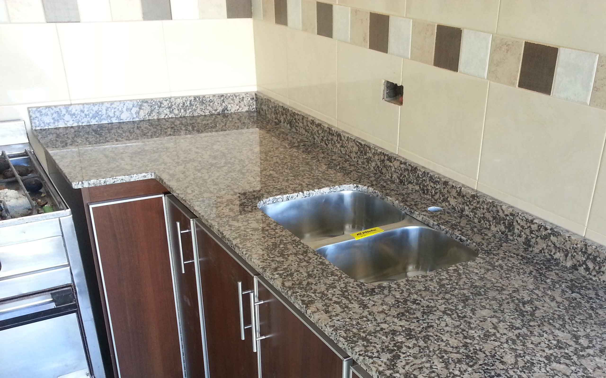 Granito eurostone for Granito blanco galaxy